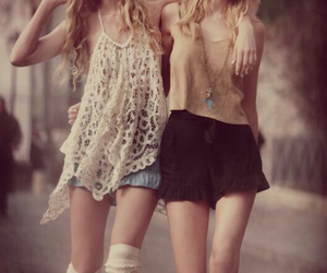 fashion, outfit, and friend image