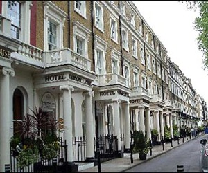 hotels, london, and luxury image