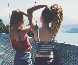 best friends, bridge, and curly hair image