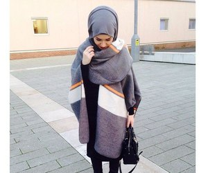 hijab, fashion, and clothes image