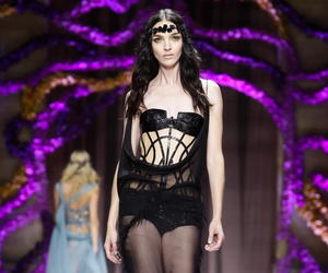 Atelier Versace, fashion, and haute couture image
