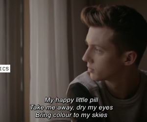 troye sivan and happy little pill image