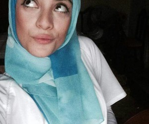 blue, hijab, and hijâbi image