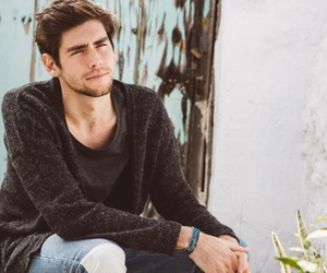 handsome and alvaro soler image
