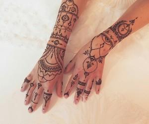 henna and henna tattoo image