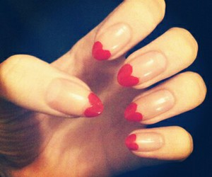 coracao, cute, and nails image