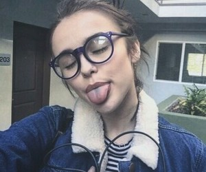tumblr, glasses, and acacia brinley image