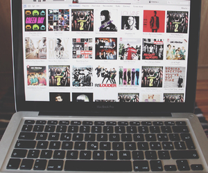 girl, green day, and macbook image