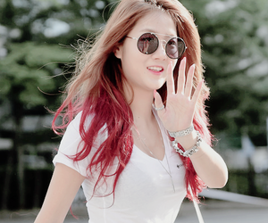 fashion, soyou, and hair image