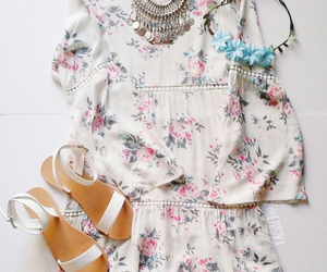 accessories, classy, and clothes image