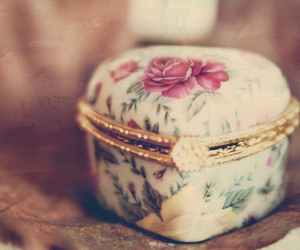 vintage, cute, and flowers image