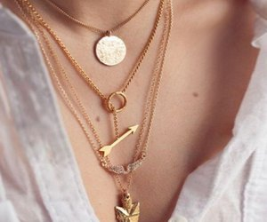 nice and neckles image