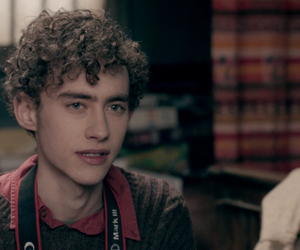 curly hair, cute boy, and skins image