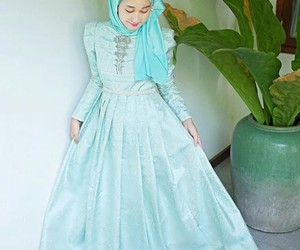 chic, dress, and hijab image