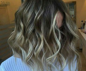 beautiful, curls, and hairstyle image