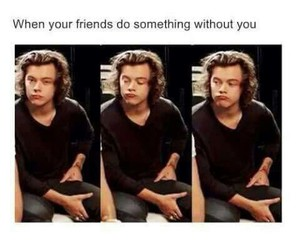 Harry Styles, friends, and one direction image