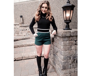 beauty, style, and brec bassinger image