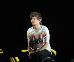 louis tomlinson, love, and onedirection image