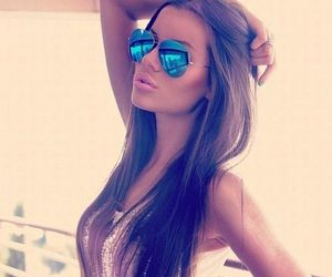 fashion, prettygirls, and sunglasses image
