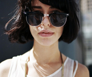girl, kimbra, and sunglasses image