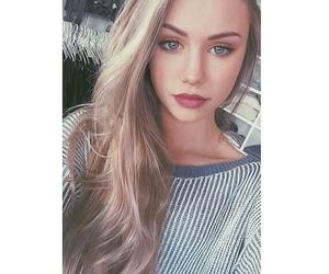 Teen model rosemarie