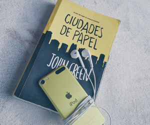 books, john green, and paper town image