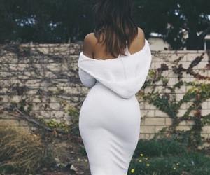 black woman, curvy, and fall fashion image