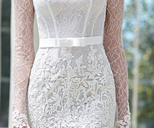 beautiful, bouquet, and lace image