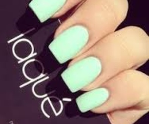 mint and nails image