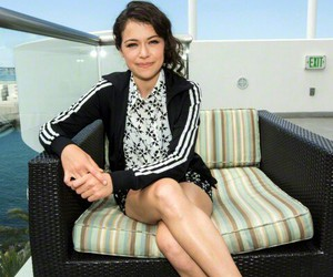 beauty, women, and tatiana maslany image