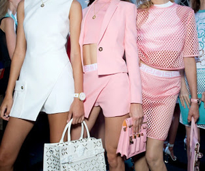 Dujour, fashion, and Versace image