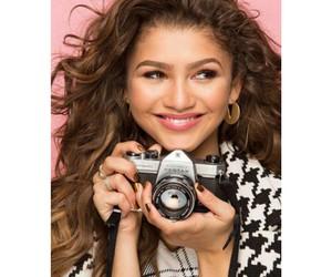 magazine, pretty, and zendaya image
