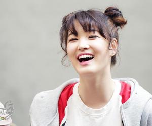 kpop, smile, and kim yulhee image