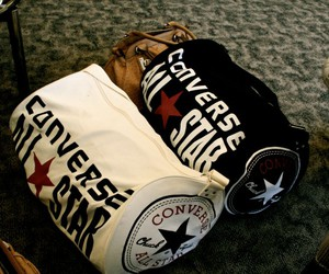 converse and bag image