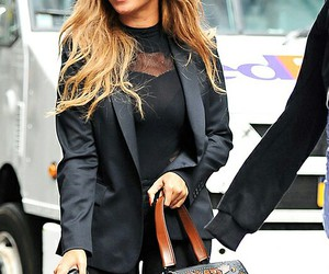 beyoncé, beautiful, and candid image