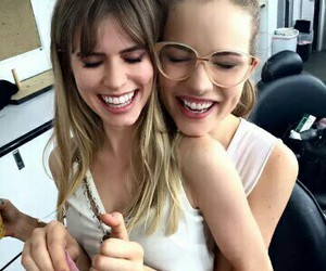 scream, carlson young, and willa fitzgerald image