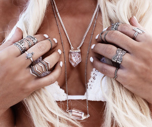 blonde, boobs, and rings image