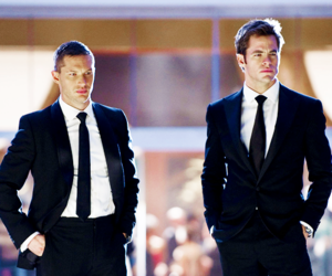 this means war, chris, and chris pine image