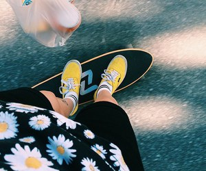 skate, daisy, and skateboard image