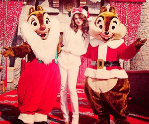 selena gomez and christmas image