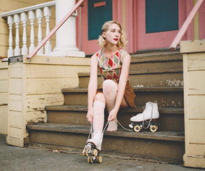 fashion, girl, and roller image