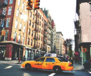 nyc and taxi image