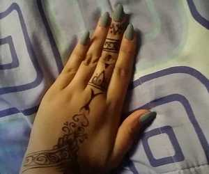 classy, nails, and round image