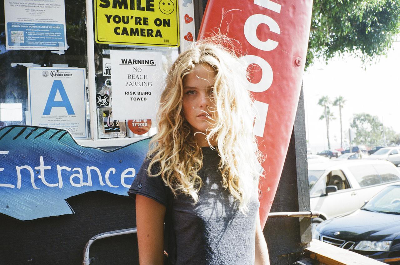 Chelsea Schuchman Nude Photos 18