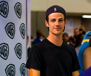 grant gustin, grant, and the flash image