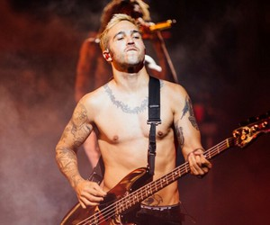 abs, bass, and pete wentz image
