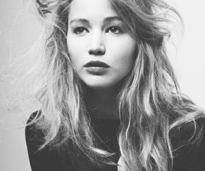 Jennifer Lawrence, hunger games, and black and white image