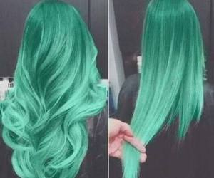 Vert and cheveux image