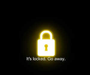 locked and wallpaper image