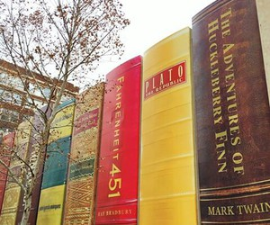 books, big books, and mark twain image